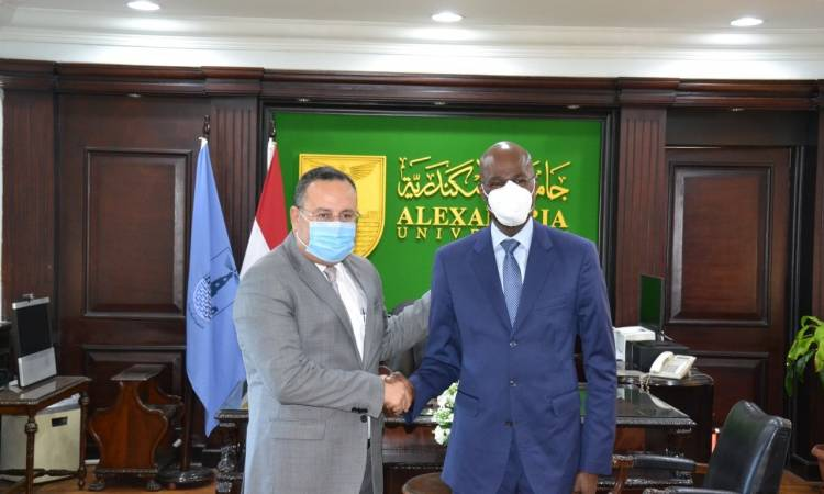 Alexandria University receives the Ambassador of the Republic of Kenya in Cairo